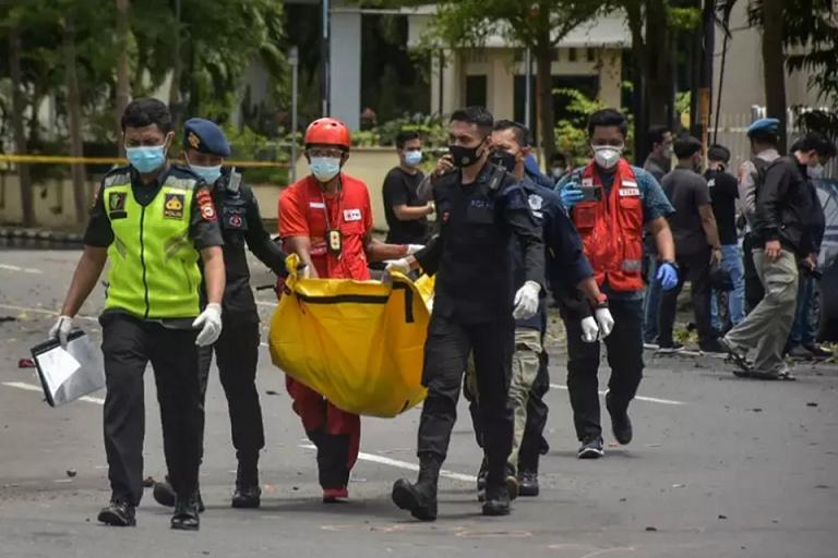 [Indonésie] Attentat suicide contre une cathédrale, les assaillants proches de Daesh