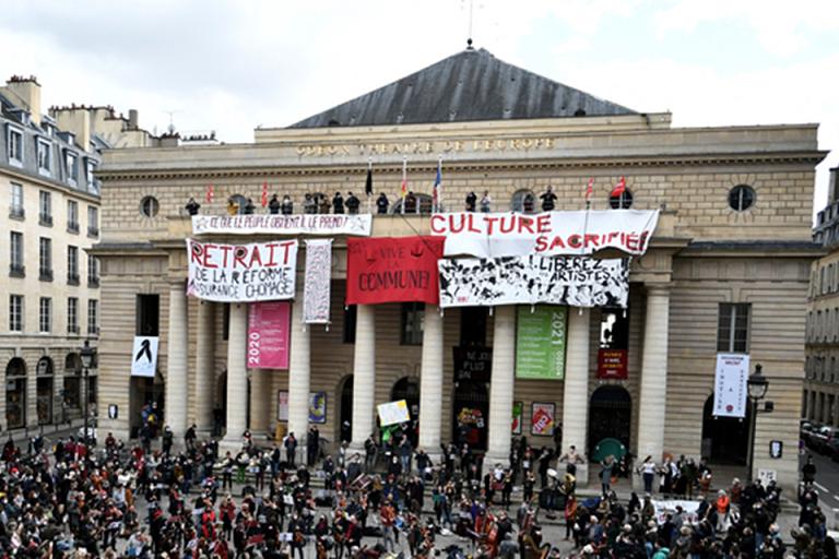 Les grandes villes somment Macron de préciser son projet pour la culture